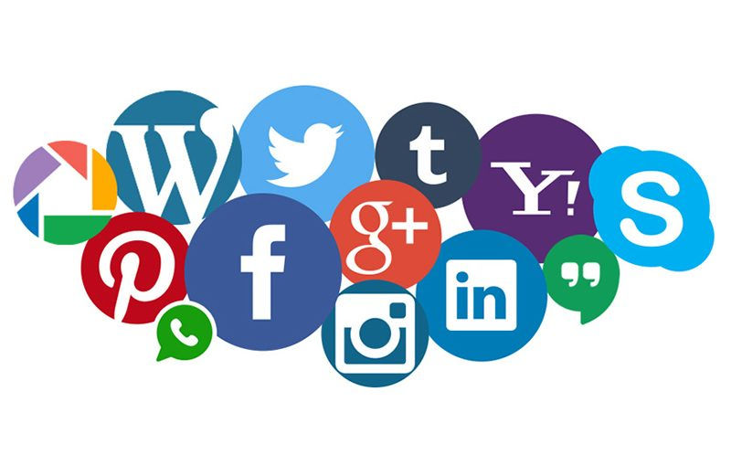 Les Réseaux Sociaux : Une Nouvelle Ouverture pour Le Service Client