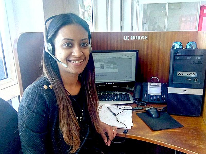 Yusrah : Télé-agente En Prise De Rendez-Vous