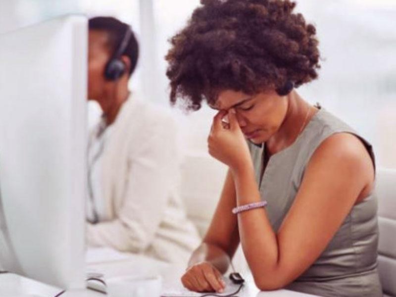 Le centre d'appels ce terme devenu péjoratif à cause d'opérations commerciales. Cependant il demeure une structure indispensable de la relation client.
