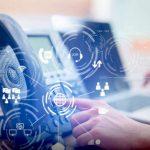 Grâce aux technologies avancées tels que les chatbots, il est possible pour les centres de contacts de gagner en efficacité et de satisfaire les clients.