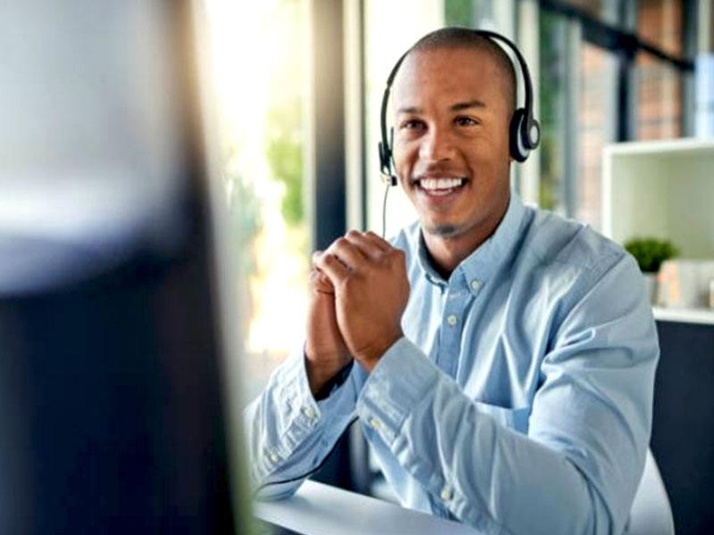 Un client satisfait est un client fidèle à une marque ou un produit. Quels sont ses critères pour juger de la qualité du service client ?