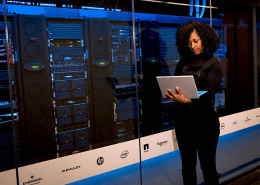 Les centres d'appels virtuels sont devenus les plateformes téléphoniques les plus prisées par les entreprises modernes. Découvrez comment cette solution call center est en train de révolutionner l'industrie de la relation client.