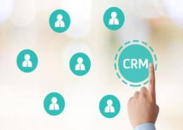 Un CRM peut aider une jeune pousse à se développer. Il faut donc en choisir un qui s'adaptera aux besoins de la start-up et optimisera sa croissance.