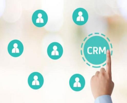 Après l'avènement du Cloud Computing, les logiciels CRM en mode SaaS ont le vent en poupe. Voici un aperçu de leurs bienfaits en entreprise.
