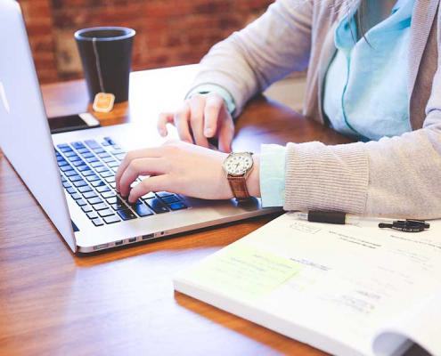 Avec les changements numériques, les possibilités de télétravail sont présentes au sein de nombreuses entreprises.