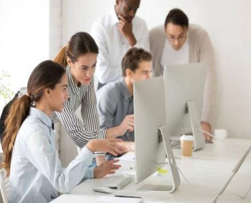 Même si vos agents sont en télétravail, il ne faut pas oublier de leur dispenser des formations pour les préparer aux changements des comportements client.