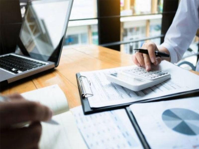 Avez-vous déjà songé à externaliser votre département de saisie de données ? Voici quelques conseils pour vous aider a comment choisir votre prestataire idéal pour l'outsourcing.