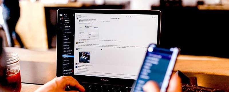 Réduire la file d'attente en centre d'appels afin de gérer au mieux la relation client et vous démarquer, c'est possible grâce à une plateforme en ligne.