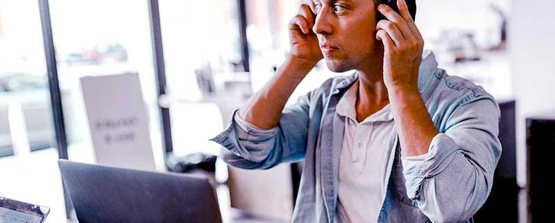 Le respect de la distance sociale oblige, la communication entre entreprise et client doit se faire uniquement via les canaux numériques.