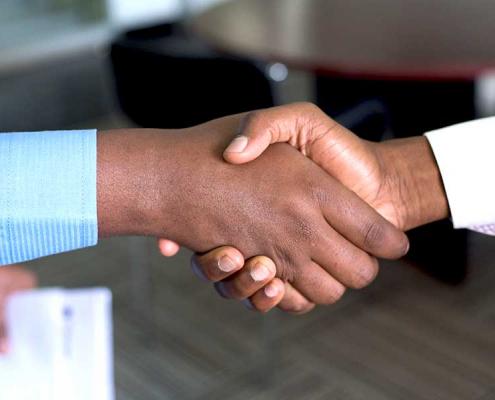 Fidéliser les clients est un must pour une entreprise qui souhaite se démarquer. Pour ce faire, elle peut s'appuyer sur l'expertise d'un centre de contacts.