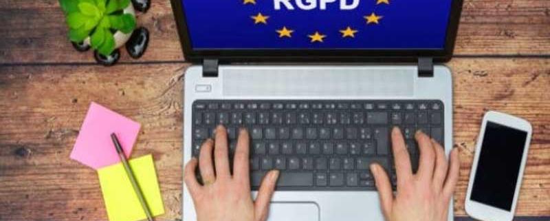 Le RGPD impacte les centres d'appels médicaux impliqués dans la collecte et le traitement des données. Ainsi, leurs missions sont soumises à divers règlements.
