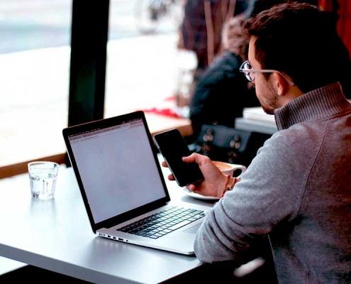 Découvrez, dans ce dossier d'actualité, les bienfaits d'intégrer les sondages en ligne à votre relation client. CallCenterÎleMaurice vous propose un accompagnement étape-par-étape pour l'optimisation de votre relation client.